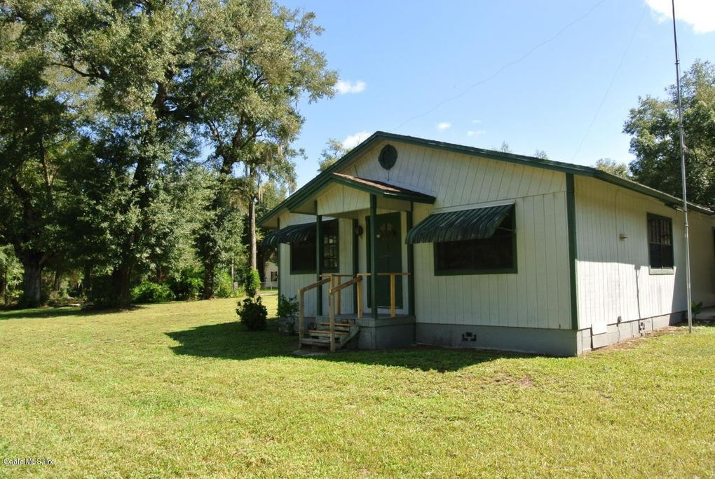 155 Cemetery Rd Palatka, FL 32177