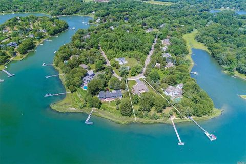 Photo of 23 Freds Ln, Shelter Island, NY 11964