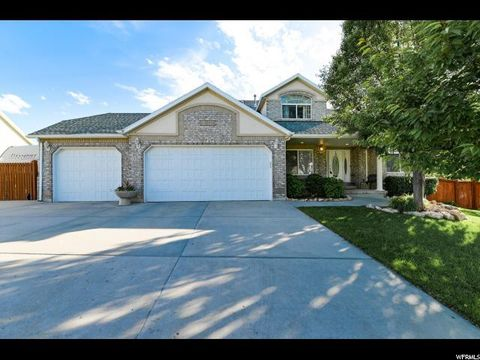 7e30bcd2400 Photo of 1874 E Fall View Dr, Sandy, UT 84093. House for Sale
