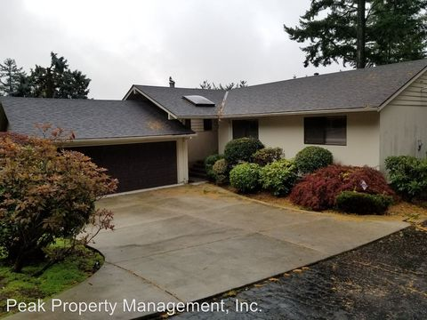 Photo of 4308 Sw Chesapeak Ave, Portland, OR 97239