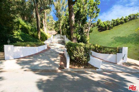 Photo of 1242 Lago Vista Dr, Beverly Hills, CA 90210