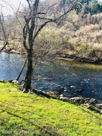 Photo of 146 Rafter Rd, Tellico Plains, TN 37385