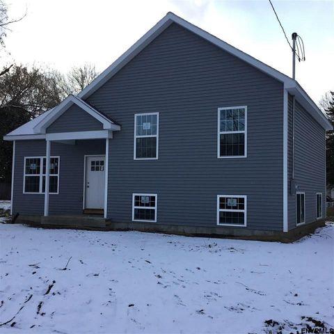 82 Peck Ave, Glens Falls, NY 12801