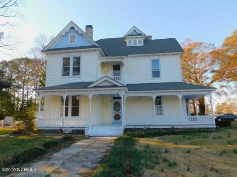 Photo of 101 Pender St, Fremont, NC 27830