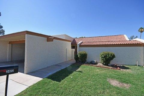 2402 W Voltaire Ave, Phoenix, AZ 85029