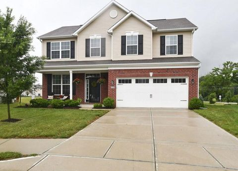 Photo of 14082 Northcoat Pl, Fishers, IN 46038