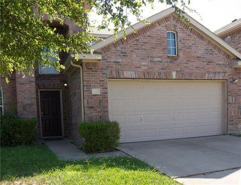 Photo of 1010 Utopia Ln, Forney, TX 75126