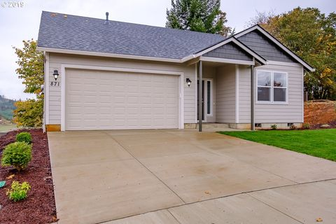 Photo of 2614 Geary St Se, Albany, OR 97322