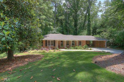 Photo of 2501 Willow Wood Ct Ne, Atlanta, GA 30345