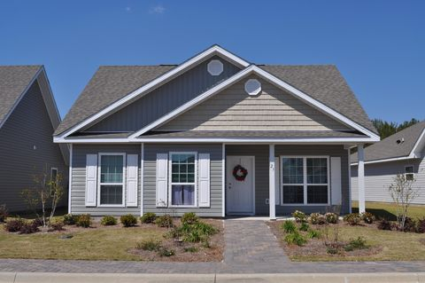 Photo of 23 Lilly Bell Ln, Freeport, FL 32439