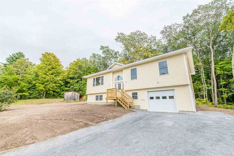 Photo of 653 Porterwood Dr, Williston, VT 05495