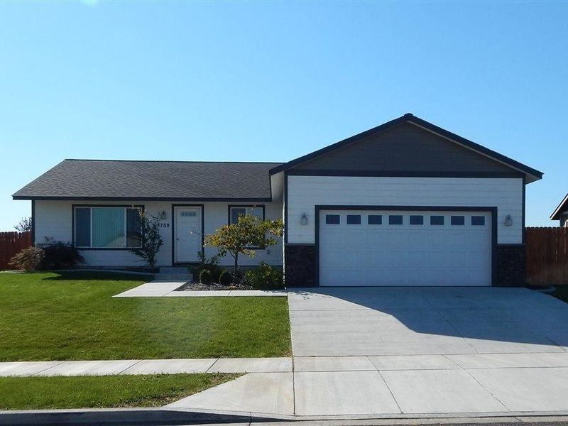 3709 w 22nd ave kennewick wa 99338 home for sale