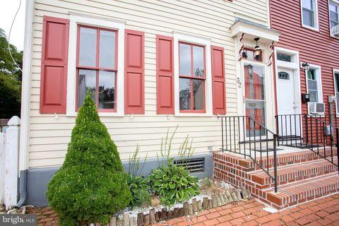 Photo of 32 W Pearl St, Burlington, NJ 08016