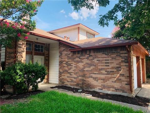 Photo of 6735 Silver Sage Dr, Fort Worth, TX 76137