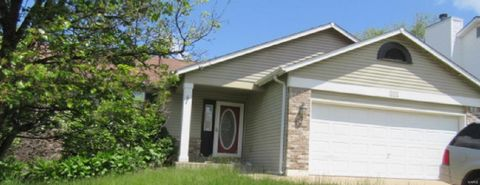 Photo of 179 Cherrywood Parc Dr, O Fallon, MO 63368