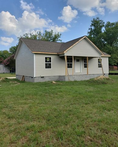 Photo of 101 Argone St, Tullahoma, TN 37388