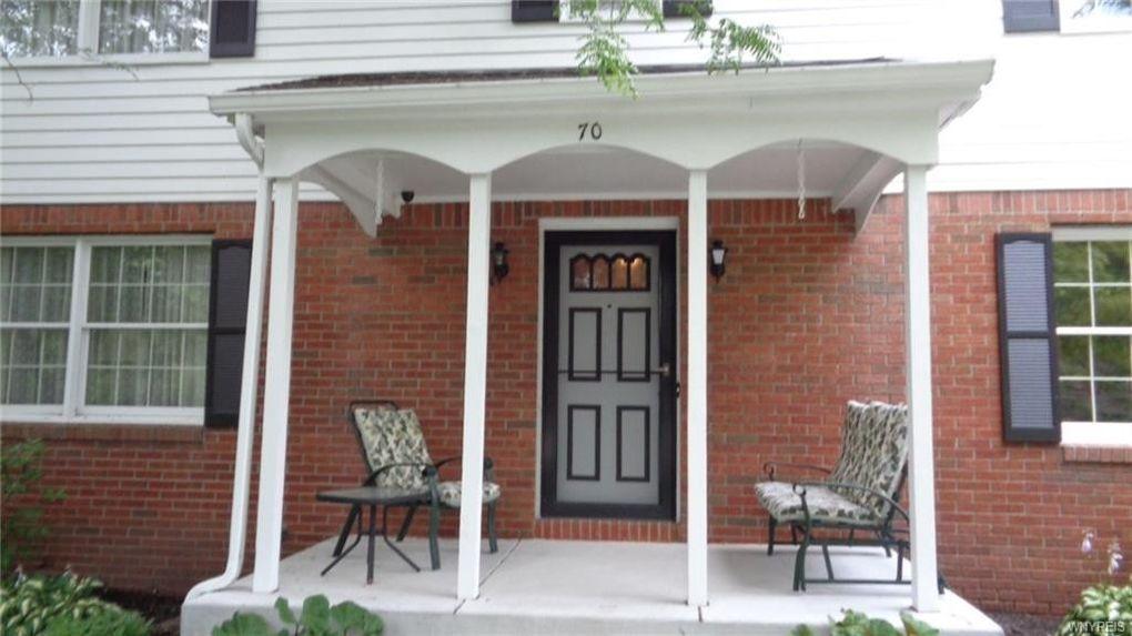 70 Eveningwood Ln, Amherst, NY 14051