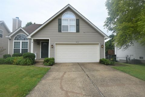 Photo of 8111 Village Point Dr, Louisville, KY 40291