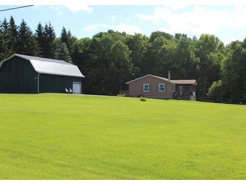 Photo of 315 Pease Hill Rd, Whitney Point, NY 13862
