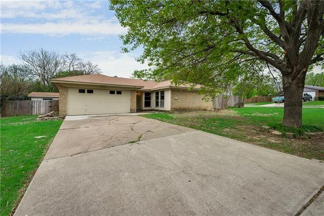 900 Dayton Rd Mansfield, TX 76063