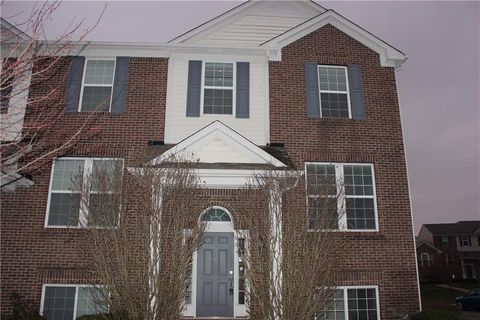 Photo of 12672 Eliston Ln, Fishers, IN 46037