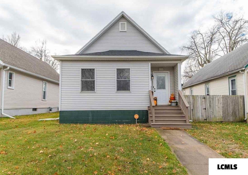 809 Decatur St Lincoln, IL 62656