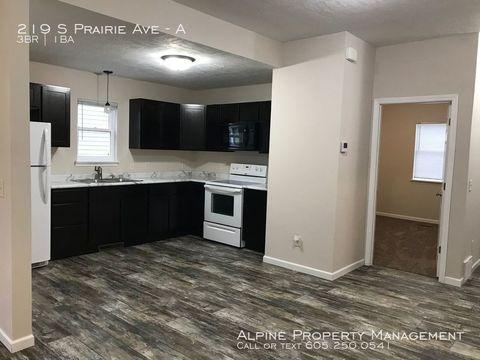 Photo of 219 S Prairie Ave Unit A, Sioux Falls, SD 57104
