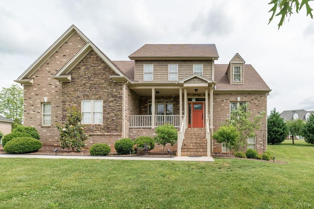 2444 Colby Dr Forest, VA 24551