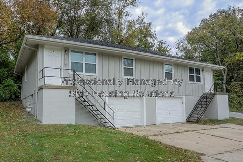Photo of 11813 Henry St Apt A, Sugar Creek, MO 64054