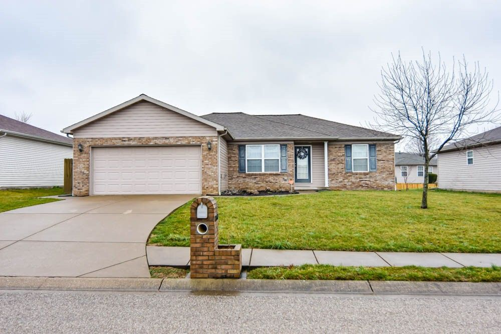12642 Cold Water Dr Evansville, IN 47725