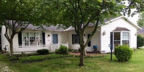Photo of 34 Kenilworth Ave, Painesville, OH 44077