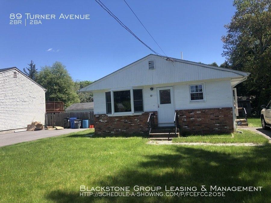 89 Turner Ave, Cranston, RI 02920