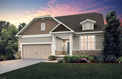 Photo of 13511 Jacqueline Ct, Strongsville, OH 44136
