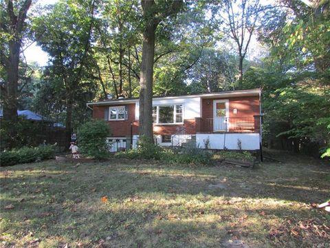 64 Chestnut Ln, Newburgh, NY 12550