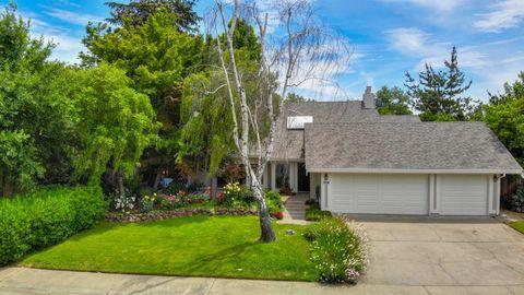 Photo of 4108 Crondall Dr, Sacramento, CA 95864