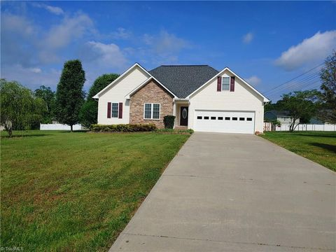 charleston ridge mocksville nc real estate homes for sale rh realtor com