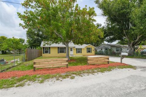Photo of 2508 8th St E, Bradenton, FL 34208