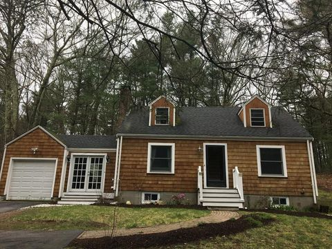 Photo of 144 Concord Rd, Wayland, MA 01778