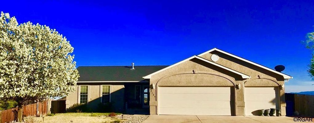 3184 Sunrise Cir, Canon City, CO 81212
