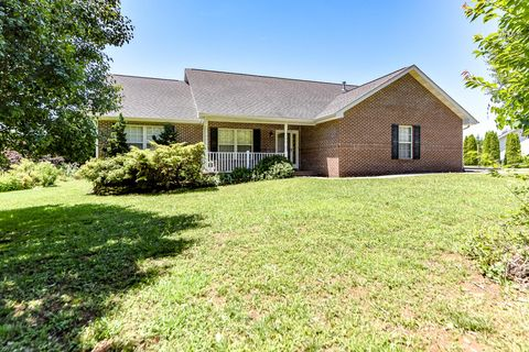 Photo of 3434 Davis Ford Rd, Maryville, TN 37804