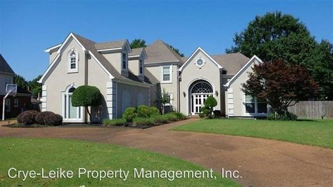 Photo of 9540 Dogwood Estates Dr, Germantown, TN 38139