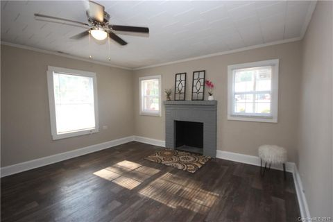 Photo of 2209 Twin Ave, Gastonia, NC 28052