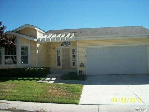 Photo of 20016 Crestview Dr Unit 135, Canyon Country, CA 91351