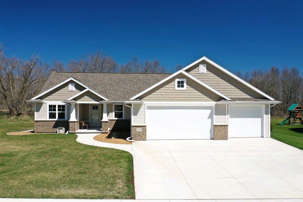 1050 Zacher Dr, Oshkosh, WI 54901 on keller homes, zeman homes, johnson homes, alexander homes, schultz homes, schneider homes,