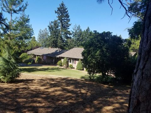 Photo of 15260 Pepper Ln, Saratoga, CA 95070