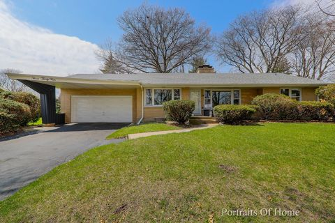Photo of 334 N Lombard Ave, Lombard, IL 60148
