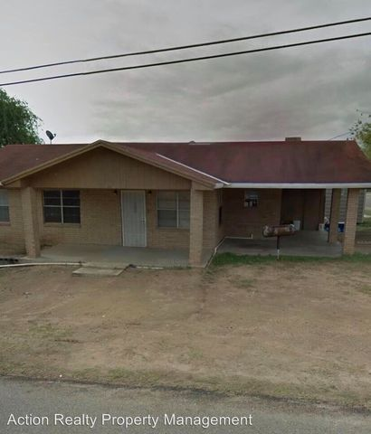 Photo of 1314 3rd St, Zapata, TX 78076