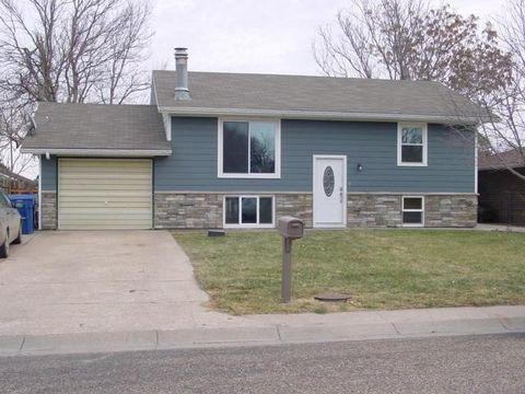 809 Eastridge Ave, Goodland, KS 67735