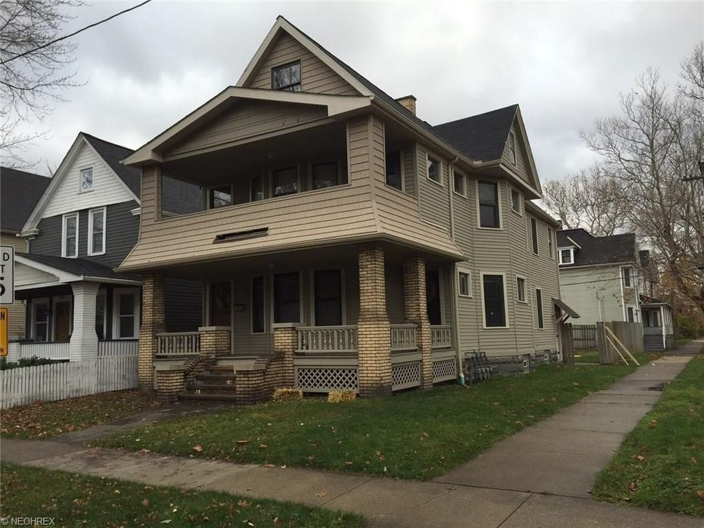 2988-2990 W 12th St Cleveland, OH 44113