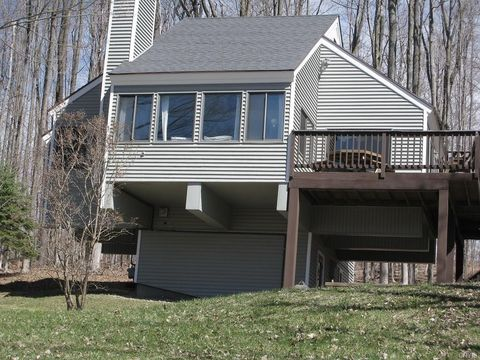 Photo of 1997 Artemis Dr, Cortland, NY 13045